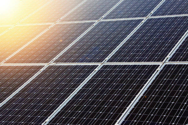 Installation panneaux solaires photovoltaïques : rentabilité et fonctionnement